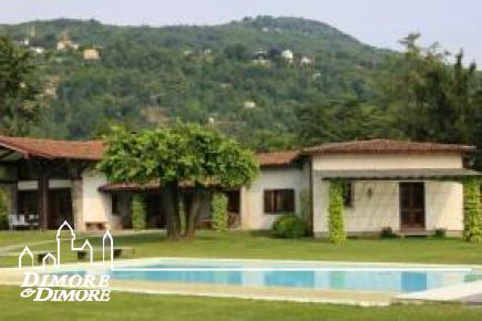 Villa in riva al Lago Maggiore in affitto