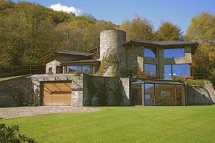 Villa a Stresa, design e ricercatezza in posizione unica