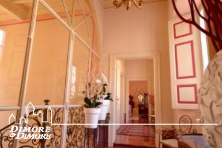 Lago d'Orta - Prestigioso appartamento in palazzo restaurato a Miasino