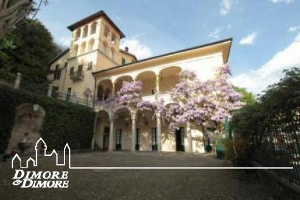 Palace à Varese Campo dei Fiori Sforza