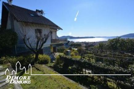 Villa a Verbania Intra con splendida vista lago Maggiore