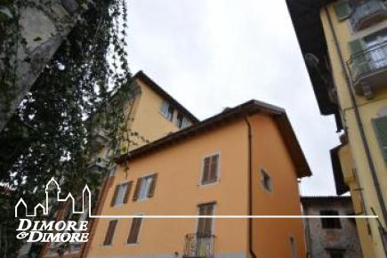 Dachgeschoss in Verbania Pallanza in d  'historischen Gebäude