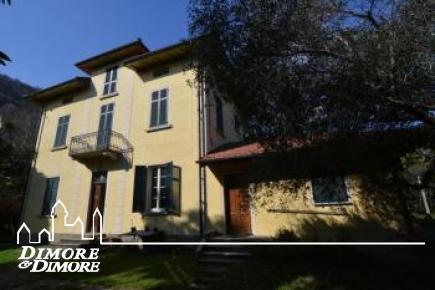Villa a Cannobio centro storico