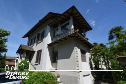 Villa indipendente con giardino a Stresa