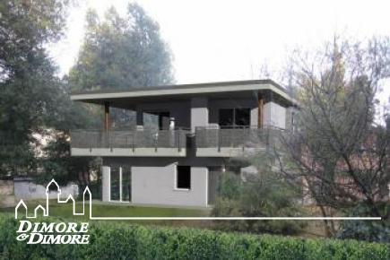 Villa im Bau in Cerro di Laveno