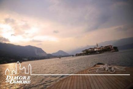 Hotel a Stresa con parco e vista lago.