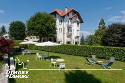 Hotel in collina sopra Stresa, vista lago