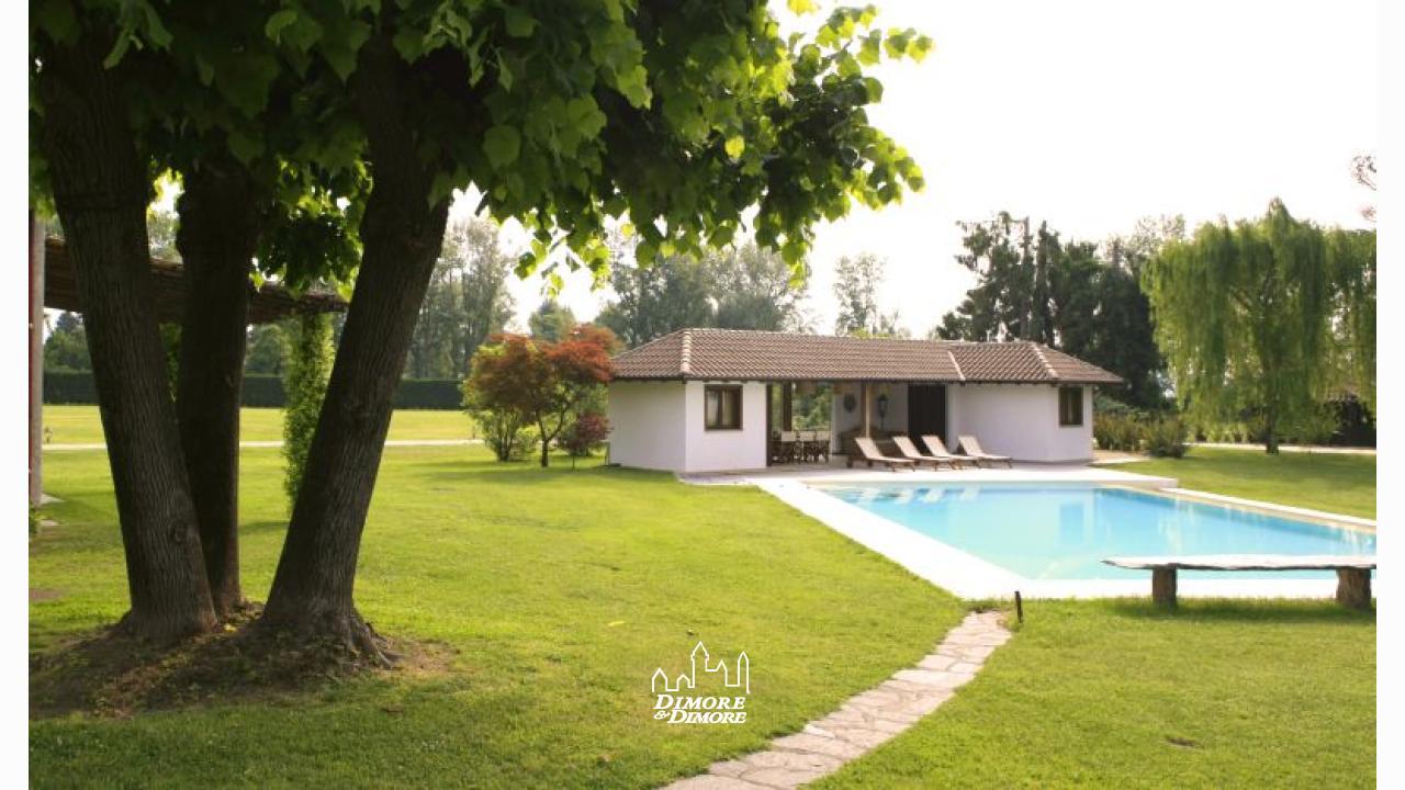 Villa in riva al lago maggiore in affitto dimore dimore agenzia immobiliare a verbania - Dimore immobiliare ...