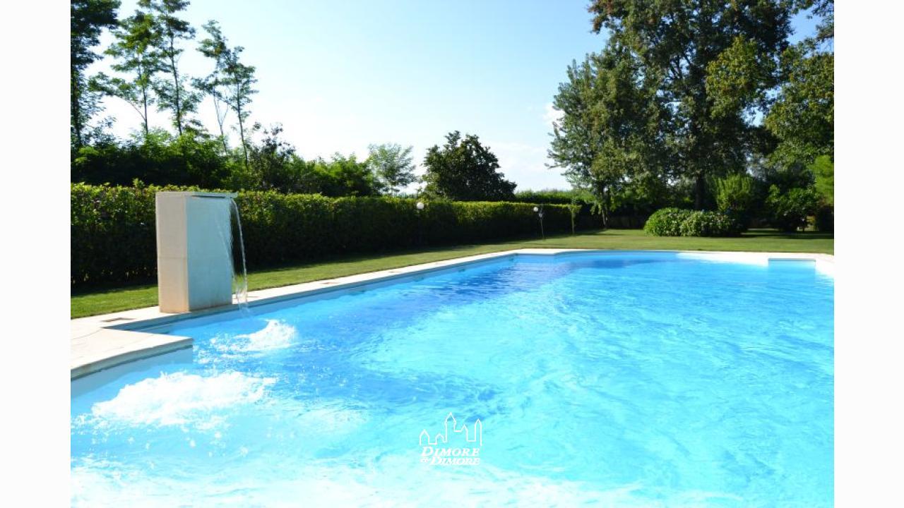 Villa a castelletto sopra ticino con piscina dimore - Piscina di brembate sopra ...