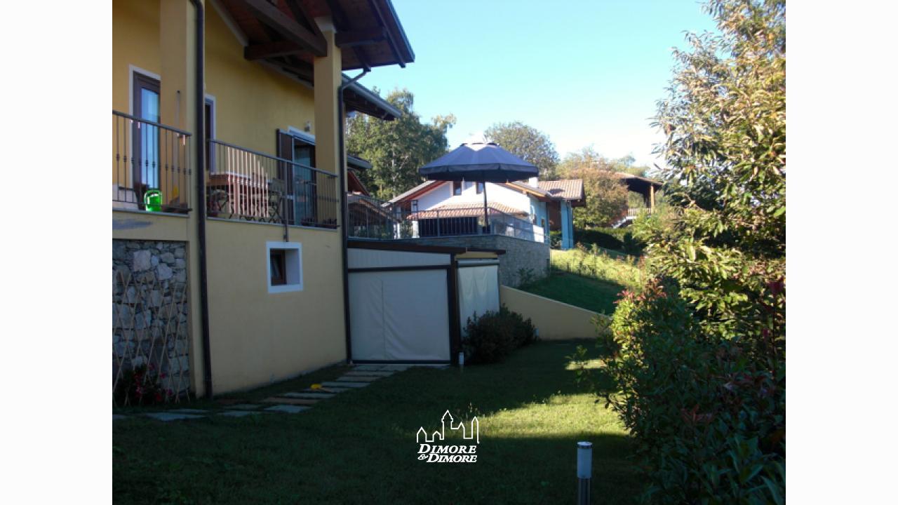 Villa lago maggiore con piscina dimore dimore agenzia immobiliare a verbania - Dimore immobiliare ...