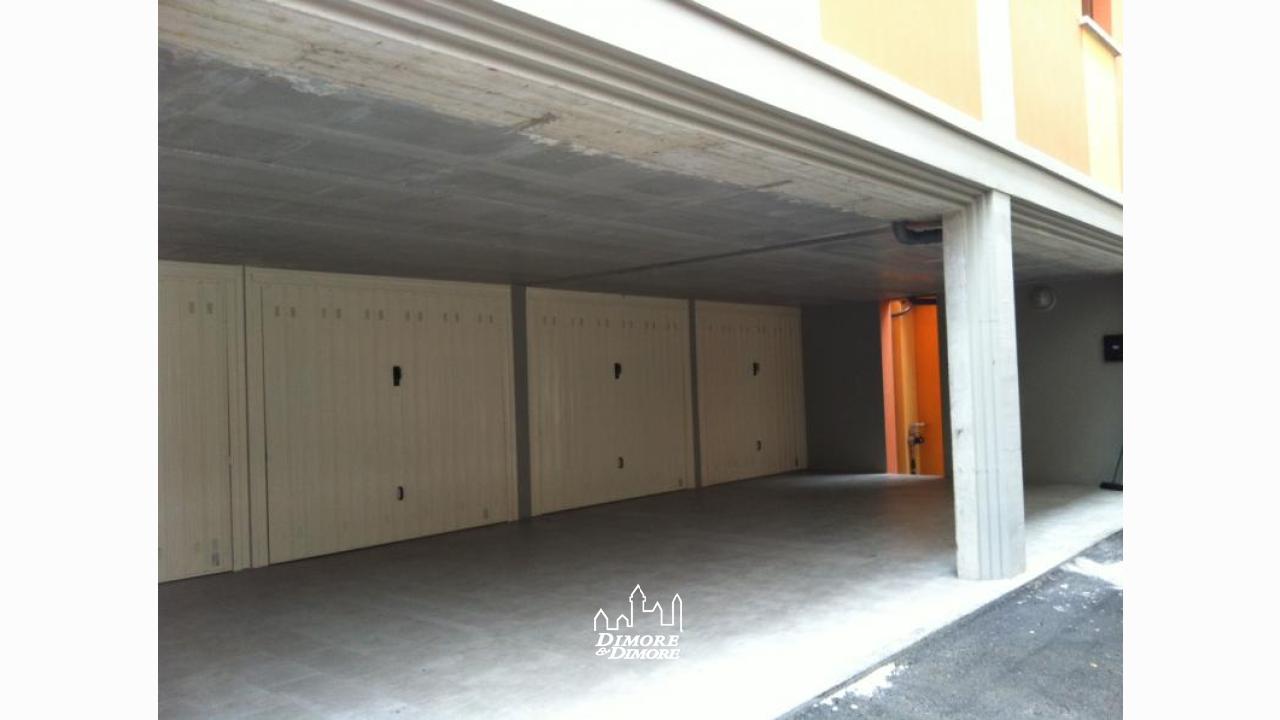 Appartamento a verbania su due livelli dimore dimore for Appartamento a due piani