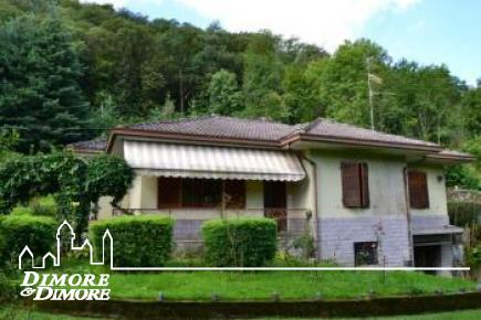 Villa with Beach in Orta San Giulio