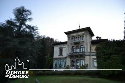 Luxurious apartment in Stresa