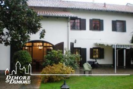 Renoviertes Bauernhaus in Fontaneto d  'Agogna