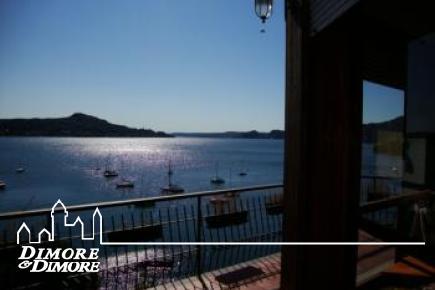 Villa Lesa vue sur le lac Majeur