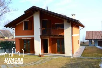 Villa of new construction Lago Maggiore