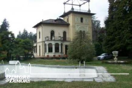 Villa d    'epoca une Varese