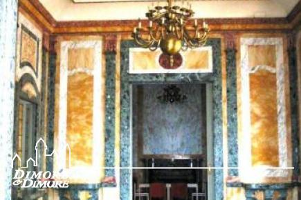 Apartamento en Palacio viejo en el Lago Maggiore
