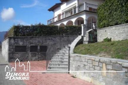 Wohnung in Villa mit Arizzano