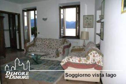 Three-room apartment for rent in Stresa lakefront