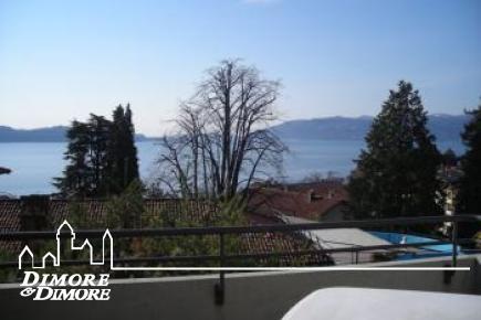 Residencia de vacaciones de lujo con vista al lago