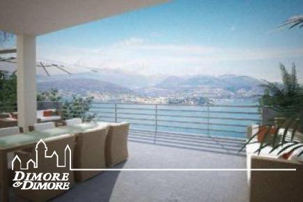 Four in Stresa with splendid views over Lake Maggiore