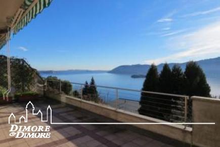 Appartamento a Verbania con grande terrazza e vista lago Maggiore