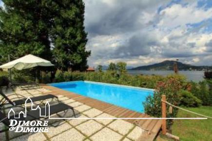 Lago Maggiore Villa di pregio con dependance, giardino, piscina