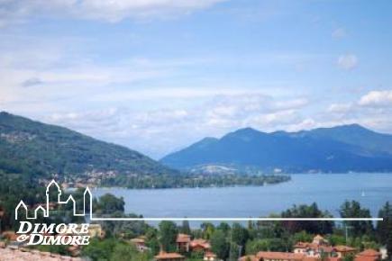 Villa a Meina sul lago Maggiore